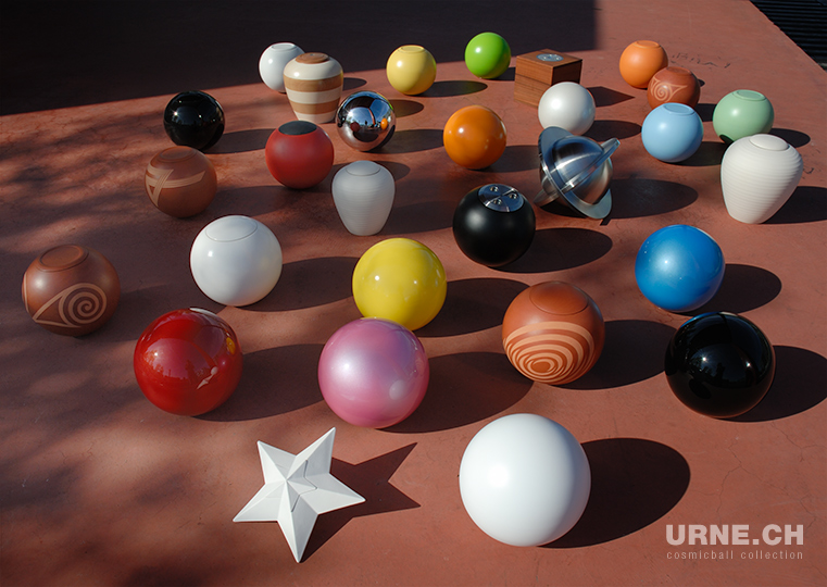 "Bilderschau URNE.CH ""cosmicball collection"" 1998 - 2008"
